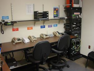 EOC warning and monitoring center